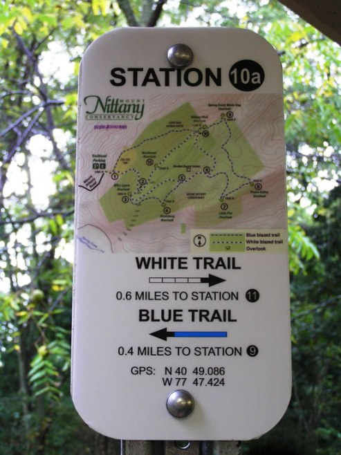 There are four things we like about this sign: the map, the station identifiers, the arrows, and the mile markers.
